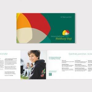 Herzstück der Kampagne war die umfassende Schul-Broschüre, die an alle Haushalte der Gemeinden Waldburg, Vogt, Wolfegg und Schlier verteilt wurde