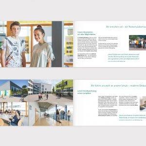 Doppelseiten der Schul-Broschüre