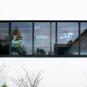 Für die Zweigstelle in Fischbach wurden die Raum- und Fassadenmarkierungen gestaltet