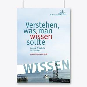 Plakate im Corporate Design zeigen die vier Kernthemen vom Medienhaus am See